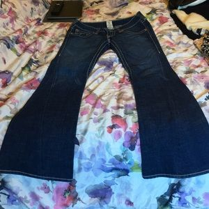 True religion flare jeans size 28 fit like 26